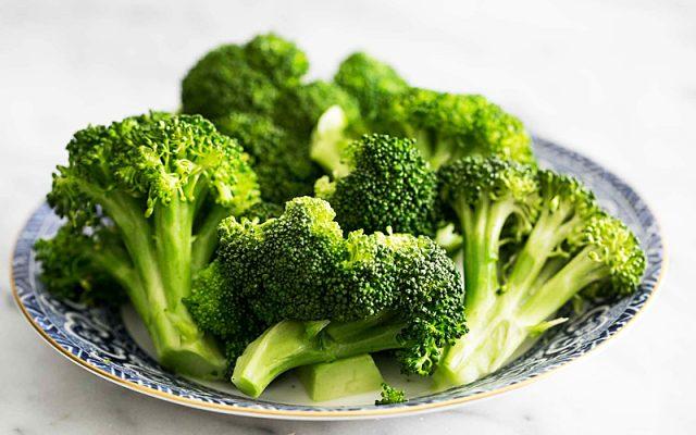 Súp lơ xanh cũng là loại rau không nên luộc