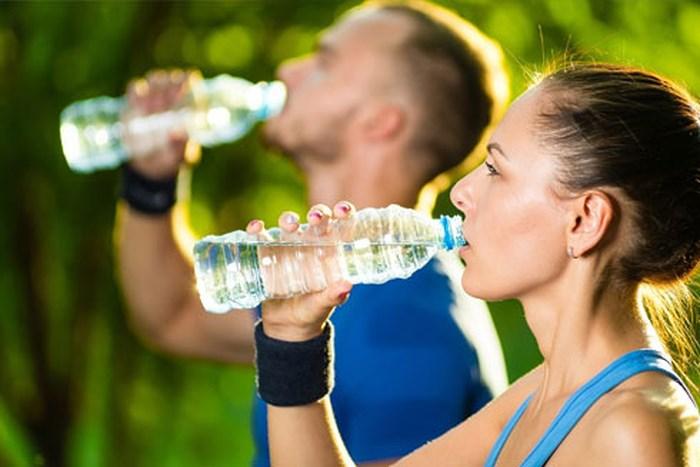 Cách uống nước đúng cách giảm cân hiệu quả nhất