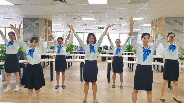 Kết hợp các bài tập thể dục tại nơi làm việc