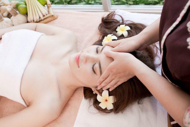 Spa làm đẹp là nơi có thể vừa giúp các chị em thư giãn, vừa giúp cải thiện làn da và chống lão hóa
